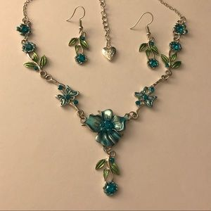 Betsey Johnson Flower Earrings & Necklace